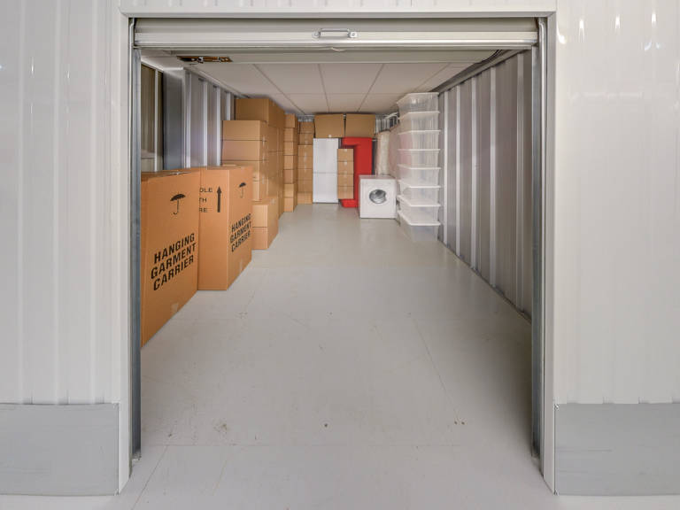 130 sq ft storage unit