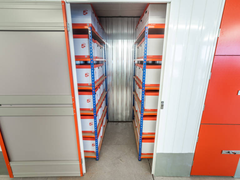 25 sq ft storage unit