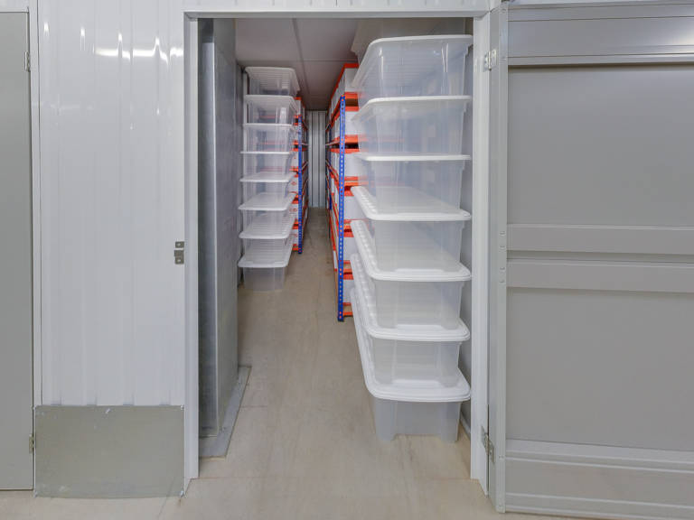 40 sq ft storage unit