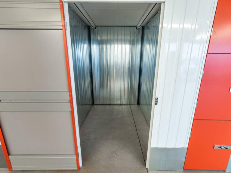 40 sq ft storage unit