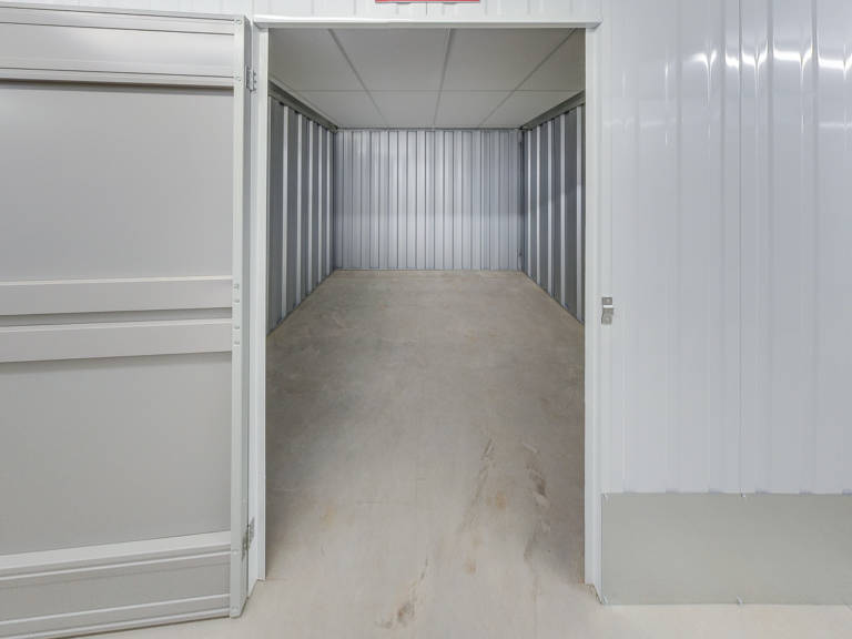 75 sq ft storage unit