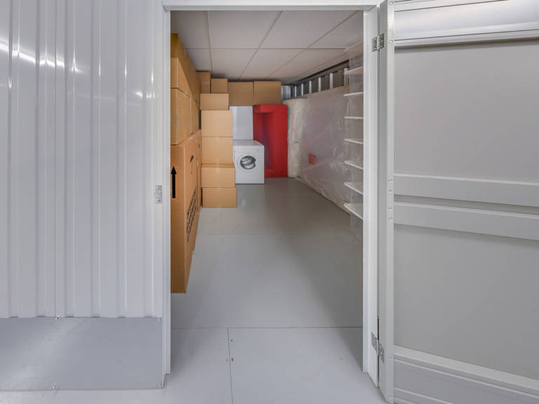 80 sq ft storage unit