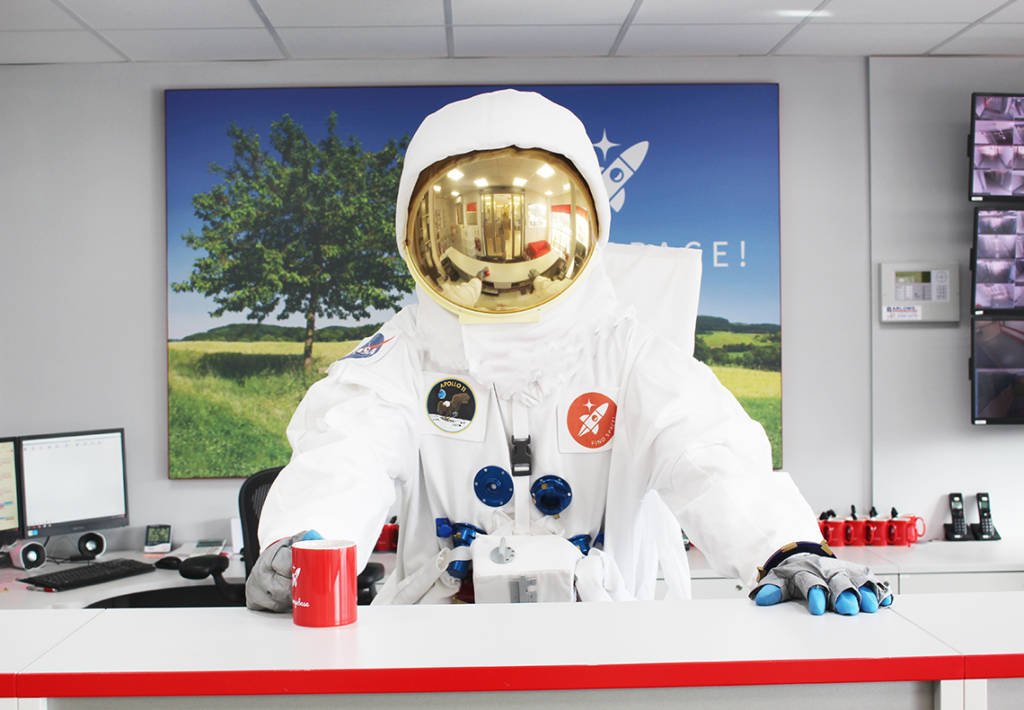 Spaceman in reception